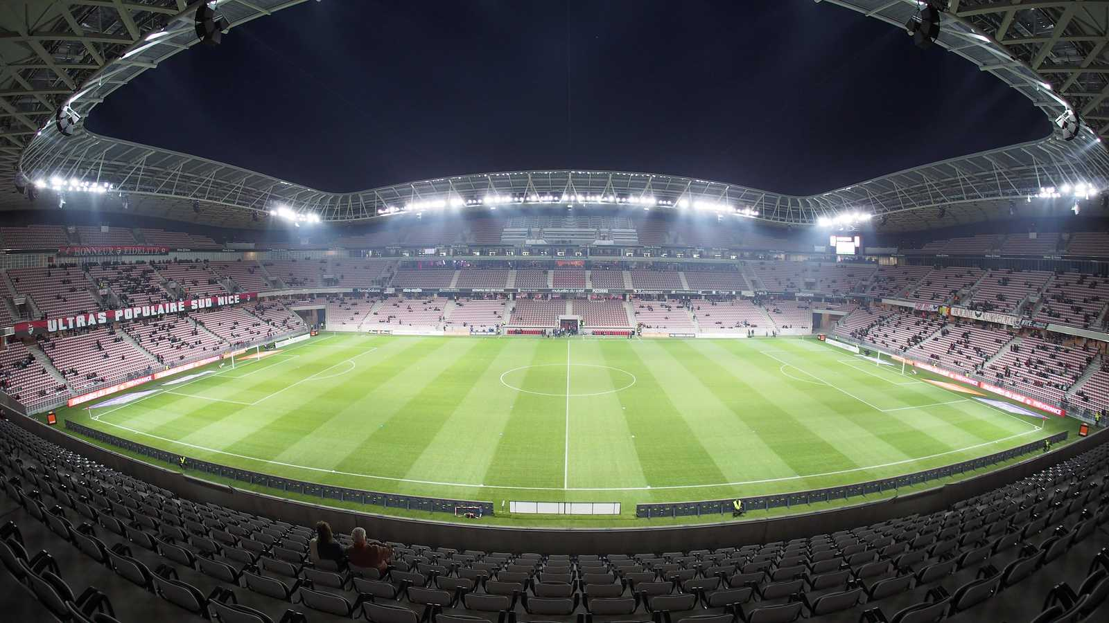 10 football stadiums that are taking energy efficiency seriously