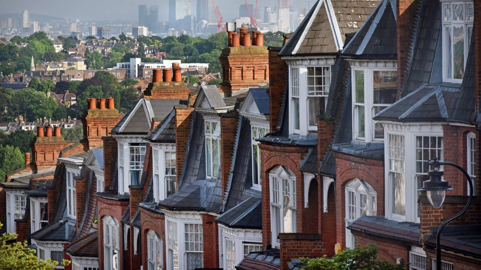 Alternative ways onto the property ladder as a first time buyer