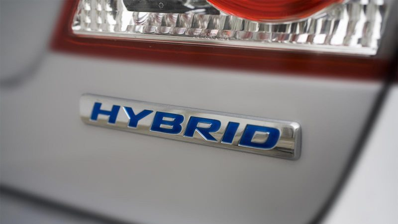 Petrol vs Hybrid — a buyer's guide to making the best choice